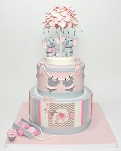 Little Elephants Showered With Love Torta Baby Shower, Tortas Baby Shower Niña, Baby Shower Party Favors, Baby Shower Fall, Baby Shower Parties, Baby Girl Cakes, Baby Birthday Cakes, Twins Cake, Elephant Shower