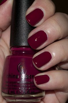 "China Glaze ""Seduce Me"""