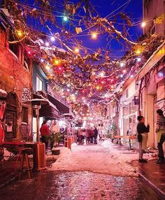 A cold snowy night in Istanbul photo by @bihterelis by awesomedreamplaces https://www.instagram.com/p/BAHSqt5lNl9/ via https://scontent.cdninstagram.com/hphotos-xpf1/t51.2885-15/e35/1516256_1736495806618648_1523524652_n.jpg