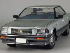 Toyota V8 CROWN Royal Saloon G  1/24