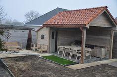 tuinhuis met cottage dakpannen - tuinhuizen / prieelen / afsluitingen - tuinmeubelen en buiteninrichting
