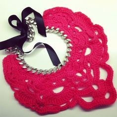 crochet bib necklace pink fluo