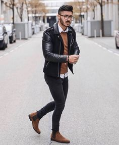 visit our website for the latest men's fashion trends products and tips . Suit Fashion, Mens Fashion, Style Fashion, Fashion Menswear, Fashion Trends, Stylish Men, Men Casual, Smart Attire, Style Urban