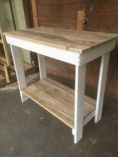 Reclaimed Kitchen  island table from pallets