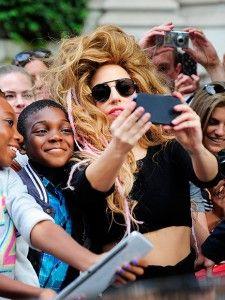 Lady Gaga e i suoi fan - Le Nuove Mamme
