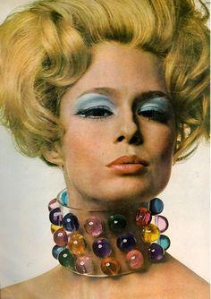 60's jewelry design