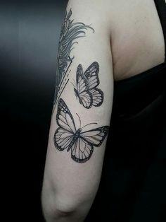 By Marquinho André Tattoo. contatomarquinhoa… By Marquinho André Tattoo. - By Marquinho André Tattoo. contatomarquinhoa… By Marquinho André Tattoo. Butterfly Tattoos On Arm, Butterfly Tattoo Designs, Small Wrist Tattoos, Tattoo Designs For Women, Tattoos For Women, Mom Tattoos, Little Tattoos, Cute Tattoos, Body Art Tattoos