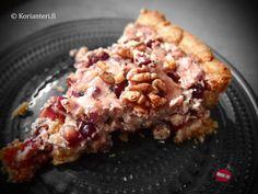 Delicious pomegranate pie with white chocolate! | Valkosuklainen granaattiomena-piirakka