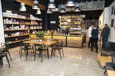Wnętrze w palarni kawy Qualia Caffe w Szczecinie