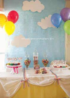 i like the clouds & rainbow balloons hmm. Double Birthday Parties, Rainbow Birthday Party, Birthday Fun, Birthday Ideas, Balloon Birthday, Peppa Pig, Care Bear Party, Sunshine Birthday, Little Pony Party