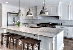 Super White Granite Kitchen Counters - Design photos, ideas and inspiration. Amazing gallery of interior design and decorating ideas of Super White Granite Kitchen Counters in kitchens by elite interior designers. Super White Granite, White Granite Kitchen, White Granite Countertops, Kitchen Black, Kitchen Redo, New Kitchen, Kitchen Cabinets, Kitchen Ideas, Country Kitchen