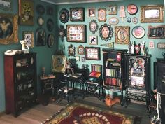 Miniature Rooms, Miniature Crafts, Miniature Houses, Art Cabinet, Diy Doll Miniatures, Painted Boxes, Small World, Office Decor, Gallery Wall