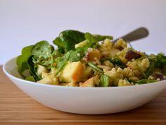 Salada de millet, maça e batata doce - compassionatecuisine