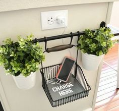 25 IKEA Hacks / The Fintorp rail also doubles as a charging station in this neat IKEA hack. Easy Home Decor, Cheap Home Decor, Diy Room Decor, Guest Room Decor, Room Decor Diy For Teens, Cheap Bedroom Ideas, Wall Decor, Hacks Ikea, Diy Hacks