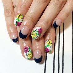 Instagram media by 111nail_omotesando - #nail#art#nailart#ネイル#ネイルアート#flower #spring #ペイント#手書き#French#cute #ネイルサロン