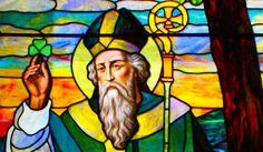 Un trifoglio per spiegare la trinità San Patrizio e levangelizzazione dIrlanda - di Don Pino Esposito