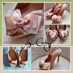 Zapatos decorados lazo tricolor para una novia especial y diferente.
