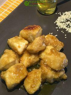Pollo al miele semi di sesamo e salsa di soia