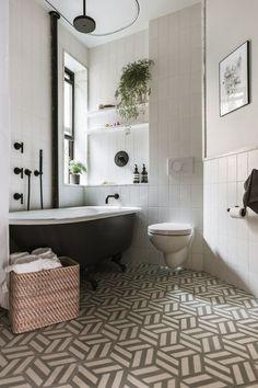 white bathroom with black cast iron tub, patterned floor tile White Bathroom, Modern Bathroom, Small Bathrooms, Bathroom Ideas, Black Bathrooms, Bathroom Vinyl, Bathroom Taps, Simple Bathroom, Bathroom Interior Design