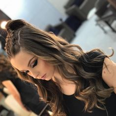 ✔ Frisuren Prom Videos Hairlook - MY World Cool Braid Hairstyles, Easy Hairstyles For Long Hair, Braids For Long Hair, Medium Hair Styles, Curly Hair Styles, Haut Routine, Braided Prom Hair, Hair Upstyles, Long Hair Wedding Styles