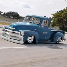 So low they should call him Han 54 Chevy Truck, Chevrolet 3100, Chevrolet Trucks, Vintage Pickup Trucks, Classic Pickup Trucks, Cool Trucks, Cool Cars, Slammed Cars, Custom Muscle Cars