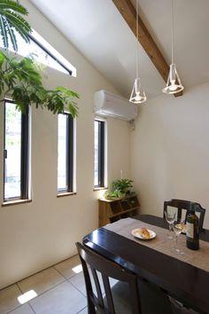 リフォーム・リノベーションの事例 ダイニング 事例No.150オリジナルキッチンと家具で光と風が遊ぶ憧れのリビングに スタイル工房 Kids Room, Interior, Home Decor, River Bed, Mirror