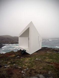 Avant garde beach house - Home Design | VT Home by Joe Lupo