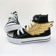 ¡Tenis con alas! *-*