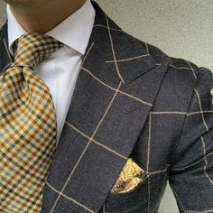 A Beginners Guide to Choosing, Buying, and Wearing a Men's Suit ~ Fashion & Style Sharp Dressed Man, Well Dressed Men, Mens Fashion Suits, Mens Suits, Moda Formal, Mode Costume, Style Masculin, Elegant Man, Herren Outfit