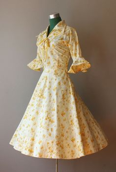 Modest Clothing for Women: Modest 1950's Dresses