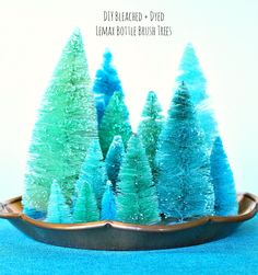 How to Dye Bottle Brush Trees DIY Tutorial - Thorough with Step by Step Photos. Learn How to Bleach and How to Dye Bottle Brush Trees Any Color to Match Your Vintage Christmas Decor Aesthetic. DIY Dyed Bottle Brush Trees - Tips and Tricks! Dyi Decorations, Christmas Decorations, Holiday Ornaments, Christmas Time, Vintage Christmas, Christmas Ideas, Christmas Scenes, Turquoise Christmas, Bottle Brush Trees