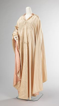 Evening cape  Liberty & Co.  (British, founded London, 1875)  Date: 1900–1909 Culture: British Medium: silk
