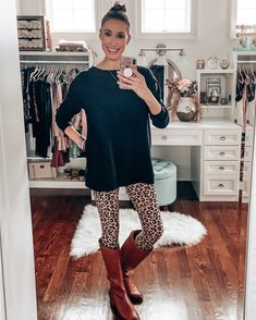 7 Loungewear Brands You Need to Know About - Instinctively en Vogue The best for spring; tons of cute Comfortable Outfits, Casual Outfits, Fashion Outfits, Fashion Group, Tie Dye Leggings, Leopard Leggings, Printed Leggings, Loungewear Set, Weekly Outfits