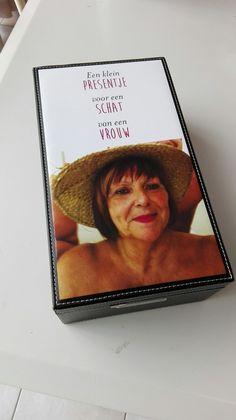 Wijnkoffer met foto en tekst #moederdag #wijn #geschenken #cadeaus