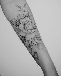Women foot tattoos tattoos – foot tattoos for women Cute Tattoos, Beautiful Tattoos, Body Art Tattoos, Small Tattoos, Tatoos, Inner Forearm Tattoo, Women Forearm Tattoo, Tattoo Women, Quarter Sleeve Tattoos