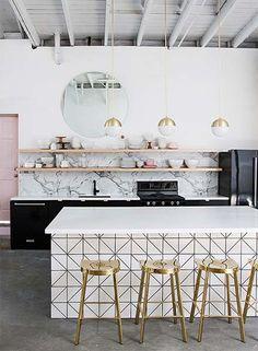 66 Trendy home modern interior luxury living rooms Luxury Kitchen Design, Contemporary Kitchen Design, Contemporary Interior, Contemporary Houses, Chic Living Room, Living Room Interior, Kitchen Interior, Interior Livingroom, Living Rooms