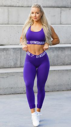 Gymshark's Women's Workout Clothing & Fitness Apparel, Including Figure Hugging Gym Pants & Leggings, Sports Bras, Tops & More High Quality Workout Apparel. Leggings Mode, Tops For Leggings, Sports Leggings, Workout Leggings, Leggings Fashion, Cheap Leggings, Printed Leggings, Tight Leggings, Workout Pants