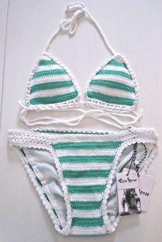 58218aa82b34a LISA MAREE FREE PEOPLE WHITE   GREEN STRIPE CROCHET BIKNI SET SZ M NWT   LisaMaree  Bikini