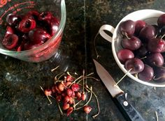 How to Pit Cherries without a cherry picker From Green Blender Summer Snacks, Summer Fruit, How To Pit Cherries, Smoothie Recipes, Smoothies, The Fresh, Superfood, Cherry, Canning
