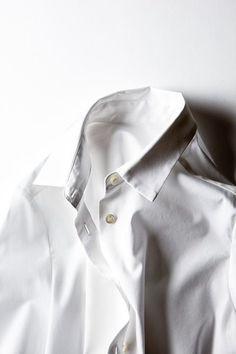 that white shirt . X ღɱɧღ Captain Tsubasa, Classic White Shirt, White Shirts, Piece Of Clothing, Capsule Wardrobe, Wardrobe Closet, White Style, Raincoat, Blouse