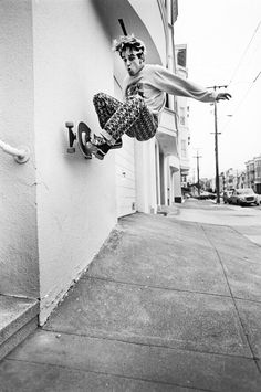 Jim Thiebaud Skateboarding Photo 11X14 Image on 16X20 Paper - 80s Skate Photo. $215,00, via Etsy.
