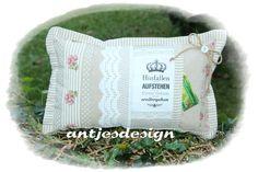Vintage Kissen & Decken - Kissen Shabby - Hinfallen, Aufstehen, Krone ... - ein Designerstück von antjesdesign bei DaWanda