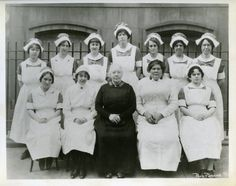 1925 photograph of nursing class at the Booth Memorial Hospital in NYC (The Salvation Army Museum of the West)