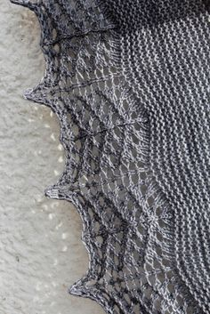 Ravelry: Titanium pattern by Heidi Alander Knit Or Crochet, Lace Knitting, Crochet Shawl, Knitting Stitches, Knitting Designs, Knitting Patterns Free, Knitting Projects, Free Pattern, Knitting Ideas