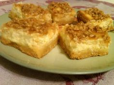Creme Brulee Cheesecake Bars @catepriceauthor @penguincozies Mystery Lovers' Kitchen