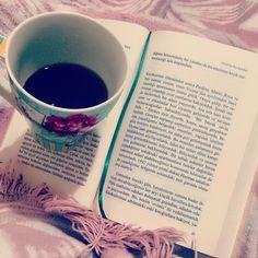 Kitap kahve battaniye