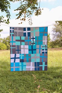 Teaginny Designs: Improv Wonky Cross Quilt