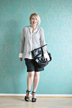 A fashion blog for women over 40 and mature women http://www.glamupyourlifestyle.com/  Blouse + Shorts: Dorothee Schumacher Shoes: Guess Bag: Liebeskind