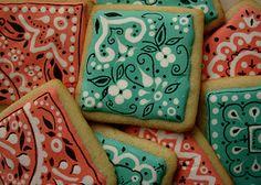 Best bandana print cookies ever! Galletas Cookies, Iced Cookies, Cute Cookies, Cupcake Cookies, Cookies Et Biscuits, Cupcakes, Cupcake Decorating Tips, Cookie Decorating, Cookie Icing