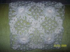 Bargello, Crochet Flowers, Tatting, Elsa, Decorative Boxes, Crochet Patterns, My Favorite Things, Crafts, Home Decor